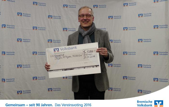 Spendenscheck von der Bremischen Volksbank